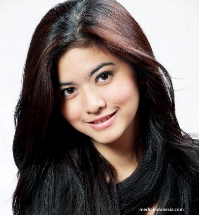 miss_indonesia_universe_2009_portrait.png