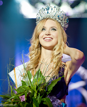 monika-lewczuk-miss-supranational-2011.png